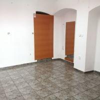 Obchodné centrum, Dolný Kubín, 1 m², Kompletná rekonštrukcia
