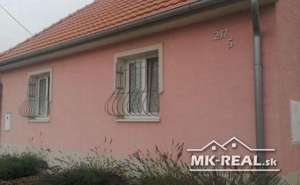 Ponúkame na predaj 4 izbový rodinný dom v obci Záhorská Ves