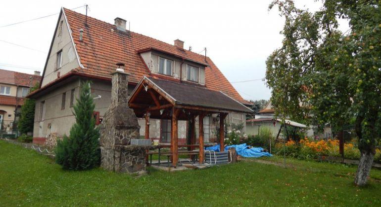 Na predaj 3-izbový rodinný dom 631 m2, Handlová, okres Prievidza