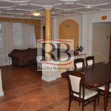Na prenájom luxusný 4 izbový byt v novostavbe na Zámockej ulici v Starom Meste