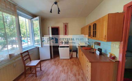 Ponúkame Vám na predaj 4 izbový byt v meste Štúrovo