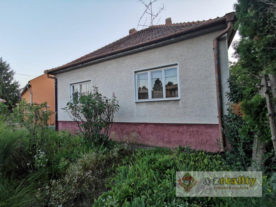 Rodinný dom-Predaj-Nové Zámky-99900.00 €
