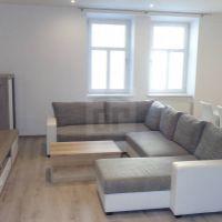 2 izbový byt, Košice-Staré Mesto, 65 m², Kompletná rekonštrukcia