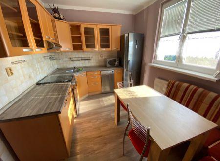 2 izbový byt Topoľčany / VYPLATENA ZALOHA