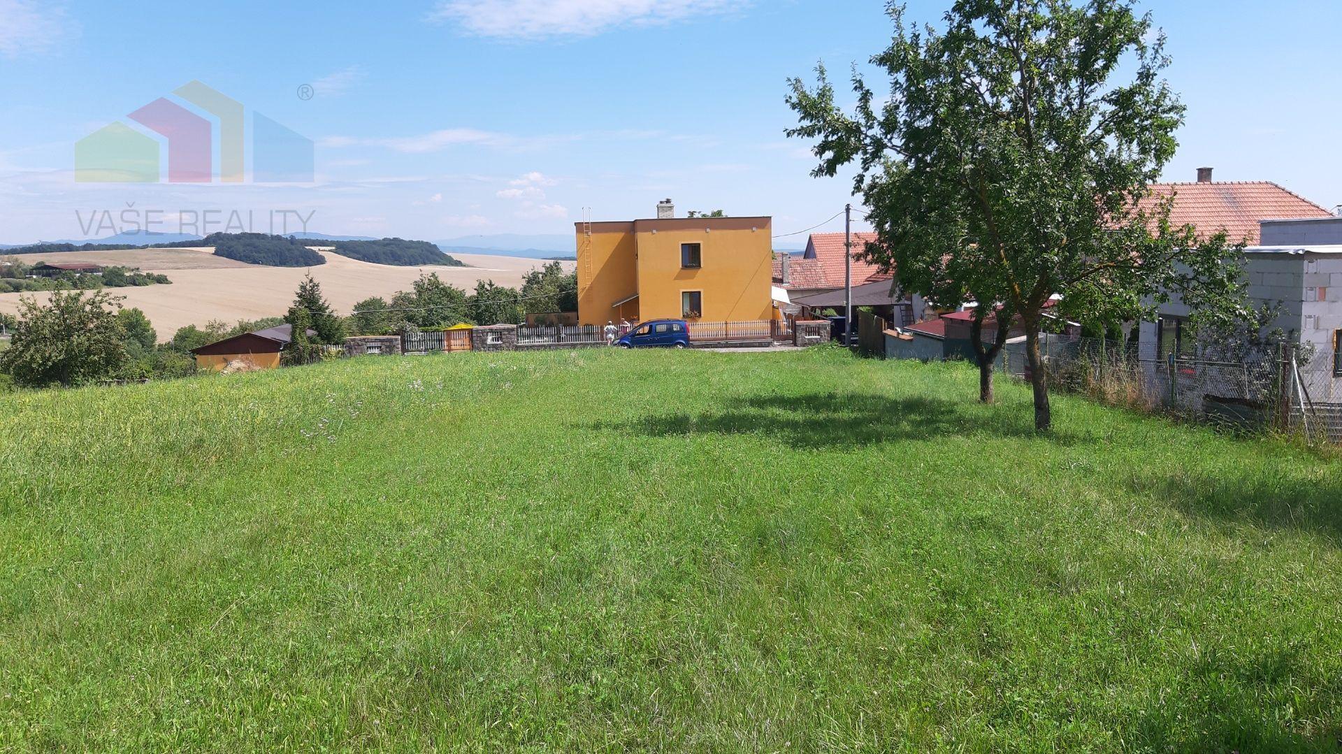Pozemok pre RD-Predaj-Trenčianske Mitice-89900.00 €