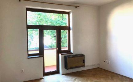 PRENAJATÉ : Na prenájom 3 izbový byt v centre mesta