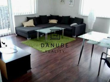 Prenájom dvojizbový byt 71 m2 na Kramároch, Bratislava Nové mesto.