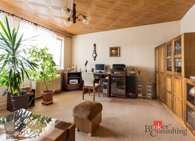 3 izbový byt - Dúbrava - Fotografia 1