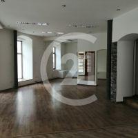 Polyfunkčný objekt, Nitra, 301 m², Kompletná rekonštrukcia