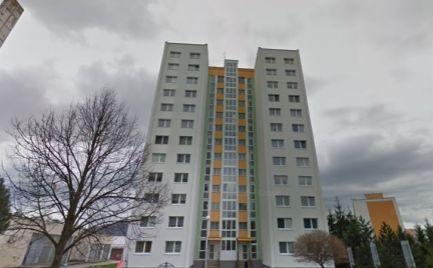 Veľký 2 izbový byt typ - U, 64 m2, s lodžiou, B. Bystrica, čiastočná rekonštrukcia - Cena 90 000 €