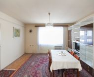 Predaj 3izb bytu 67m2 v tehl.4-bytovke, oplotený pozemok 587m2
