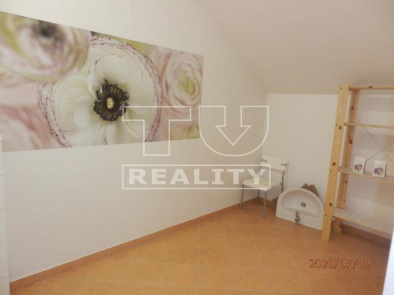 Obchodný objekt-Predaj-Banská Bystrica-115000.00 €