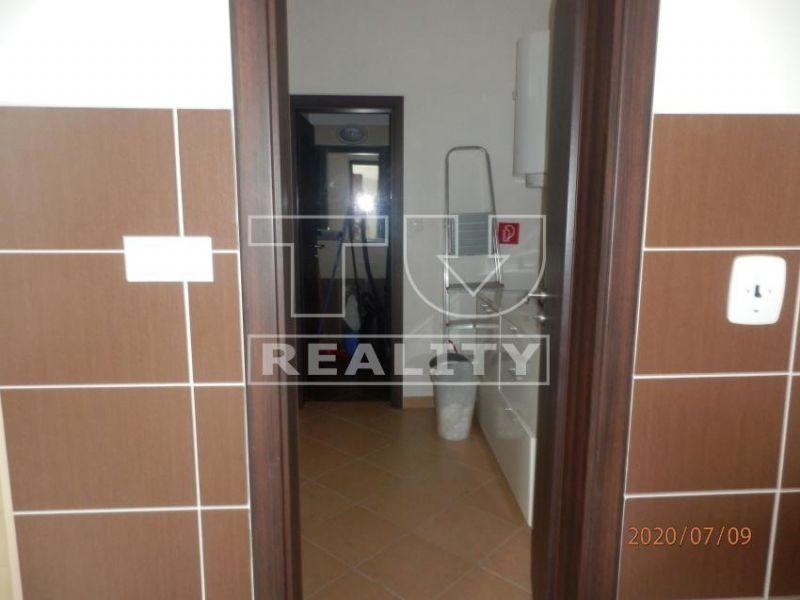 Predaj nebytového priestoru v Banskej Bystrici v časti Belveder, 55m2 CENA: 115 000,00 EUR