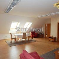 2 izbový byt, Trnava, 100 m², Čiastočná rekonštrukcia