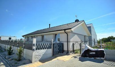 Na predaj 4 izbový rodinný dom (101 m2) pri golfovom ihrisku - Hrubá Borša.