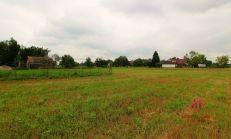 Rodinný dom s krásnym veľkým pozemkom, Lipové