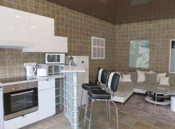 BA I. 2 izbový byt na prenájom v rodinnom dome na Okánikovej ulici v centre