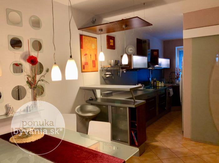 REZERVOVANÉ - ČIERNA VODA, 4-i dom, 130 m2 – komfortný aplne vybavený dom vnovej lokalite ZA VYNIKAJÚCU CENU