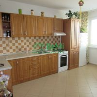 2 izbový byt, Zlaté Moravce, 61 m², Kompletná rekonštrukcia