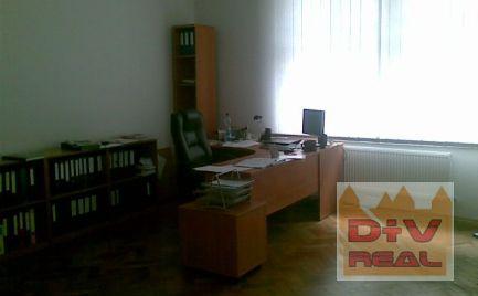 Kancelárie, Groslingova ulica, Bratislava jedna, tri samostatné kancelárie a príslušenstvo