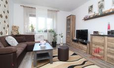 Poctivo zrekonštruovaný 2 izbový byt na predaj, Komárno