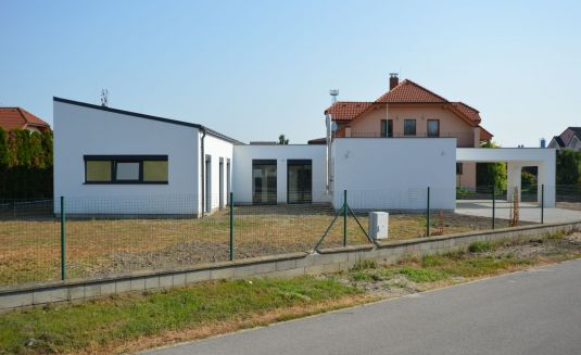 REZERVOVANÝ - Moderný 5 izbový rodinný dom, novostavba