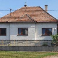 Rodinný dom, Komjatice, 245 m², Čiastočná rekonštrukcia