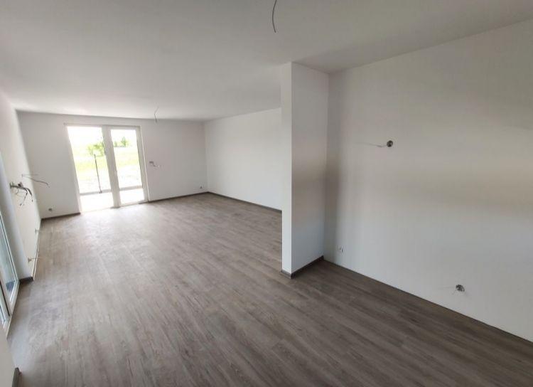 Novostavba nízkoenergetický 4 izbový bungalov na predaj, pozemok od 801 m2.