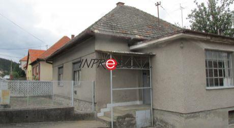 Rodinný dom alebo chalupa v obci Skýcov