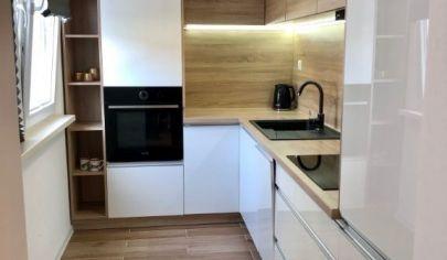 Moderne zariadený 2 izbový byt po kompletnej rekonštrukcii
