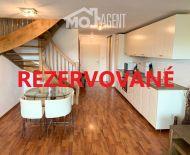 Na predaj 3izb. byt, 96m2, terasa, záhrada 80m2, garáž, Dunajská Lužná