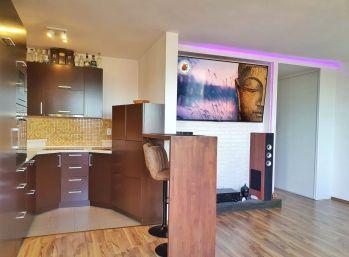 ELIMARK - PRENÁJOM , 2 izb BYT, 56 m2 s výťahom, novostavba OC RETRO, Ružinov