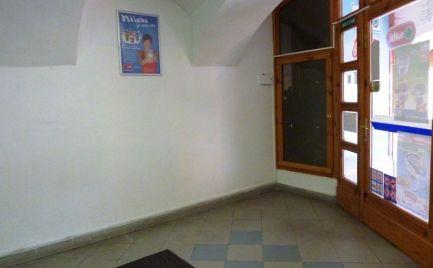 Priestor na pultový predaj na námestí sv. Egídia, 50m2 Poprad