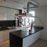 Slnečný 2-izbový byt v novostavbe Viladomy