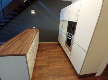 BA V. 3 izbový mezonetový byt oproti AUPARKU
