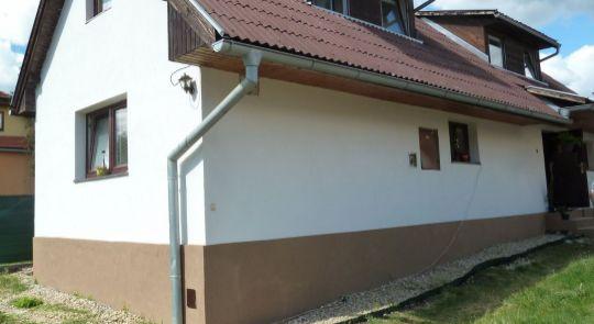 Rodinný dom na predaj v obci Divín, čiastočná rekonštrukcia