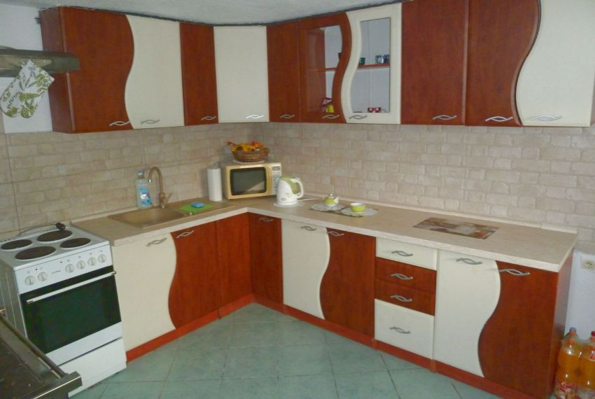 Predaj Rodinné domy Divín-3