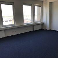 Kancelárie, Bratislava-Rača, 32 m², Kompletná rekonštrukcia