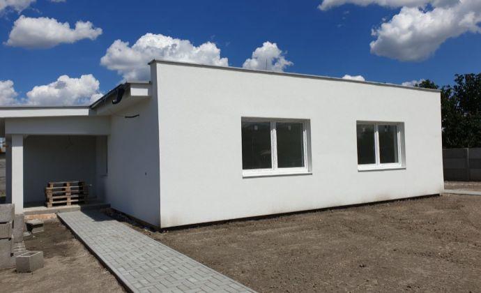 Best Real - Novostavba rodinného domu v Košútoch, 3 izbový, výborne riešený, skolaudovaný + 2 parkovacie miesta