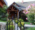 Rodinný dom - zrub neďaleko Lučenec v tichom prostredí.