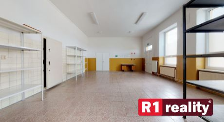 Administratívne, skladovacie priestory / Horná Streda pri Piešťanoch