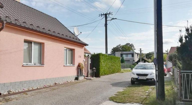 ZNÍŽENÁ CENA! Na predaj komplet zrekonštruovaný rodinný dom Šaštín Stráže
