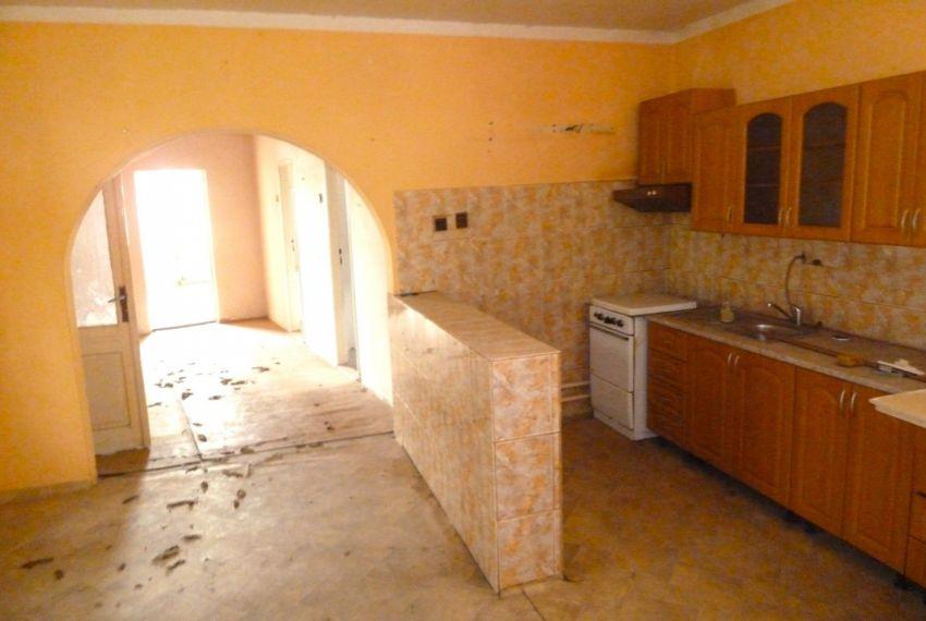 Predaj Rodinné domy Panické Dravce-1