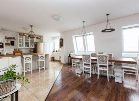 4,5 izbový byt s jedinečnou veľkou terasou, Ružinov - Prievoz, ul. Čečinova