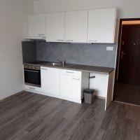 Garsónka, Nové Zámky, 1 m², Kompletná rekonštrukcia