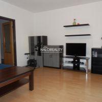 4 izbový byt, Hlohovec, 84 m², Čiastočná rekonštrukcia