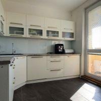 3 izbový byt, Hlohovec, 75 m², Kompletná rekonštrukcia