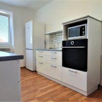 3 izbový byt, Hlohovec, 61 m², Čiastočná rekonštrukcia