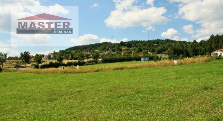 Na predaj krásny pozemok- pre rodinné domy v Chocholnej , 2951m2