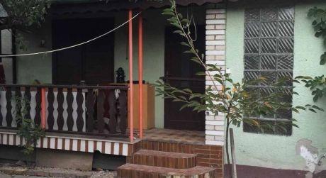 PREDAJ - záhrada s murovanou poschodovou chatou v Novej Osade